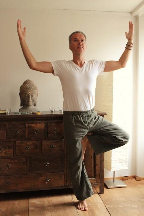 Yogaübungen helfen gegen Stress