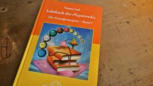 Lehrbuch des Ayruveda