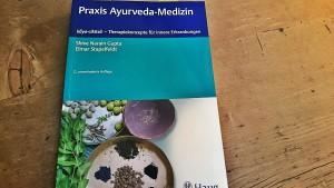 Praxis-.Ayurveda-Medizin