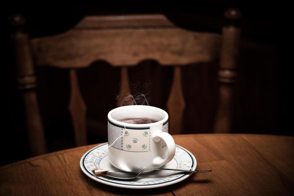 Grüner Tee beruhigt das Nervenkostüm